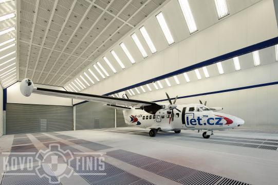 Lakovací kabina pro letadla