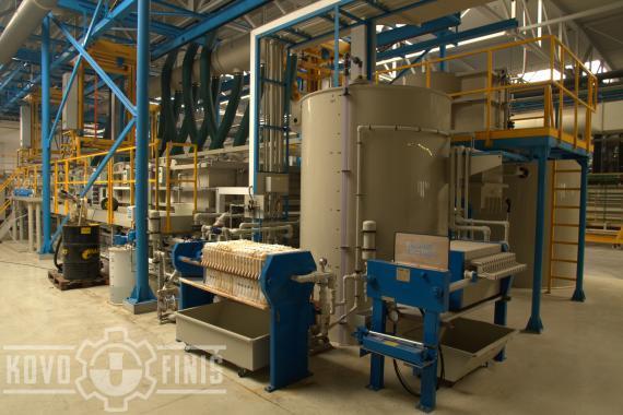 Odkalování fosfátovacích lázní